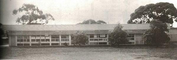 Present Salmon Gums School